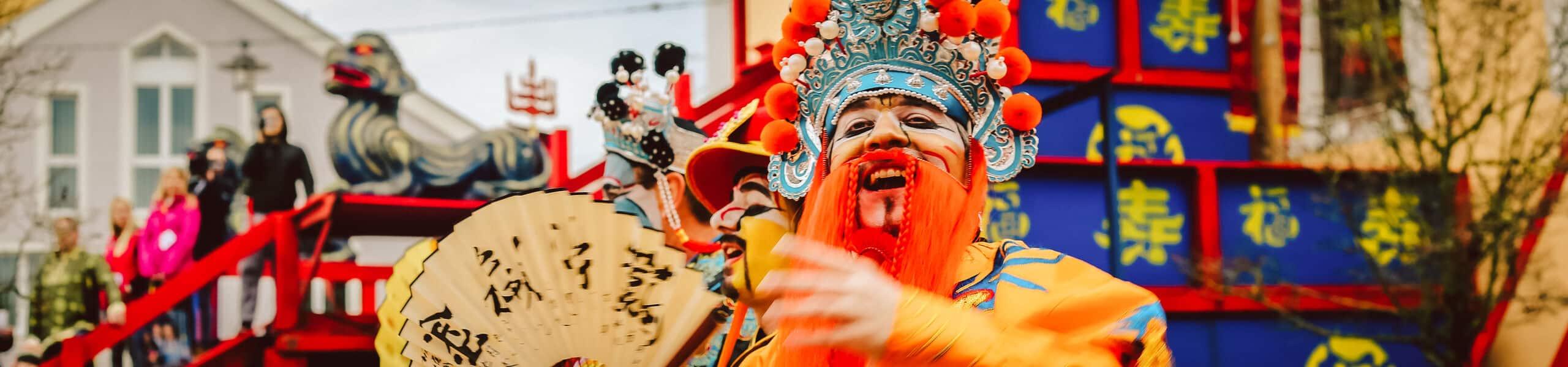 Der Kaiser und sein Volk beim berühmten Chinesenfasching in Dietfurt