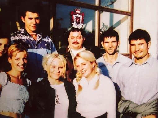 Ein altes Gruppenfoto des Wild Wake Teams