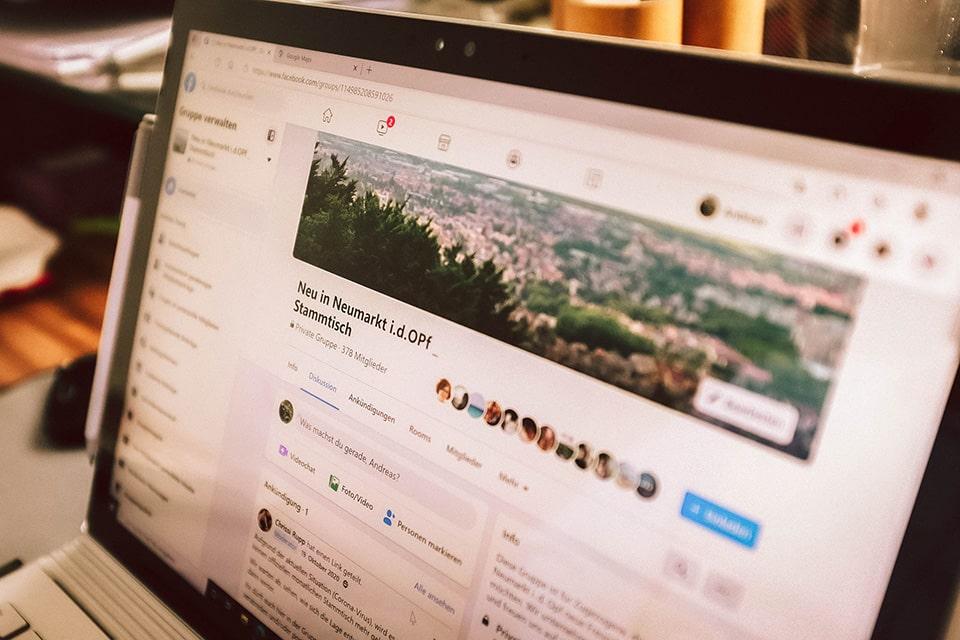 Blick auf Andreas Laptop