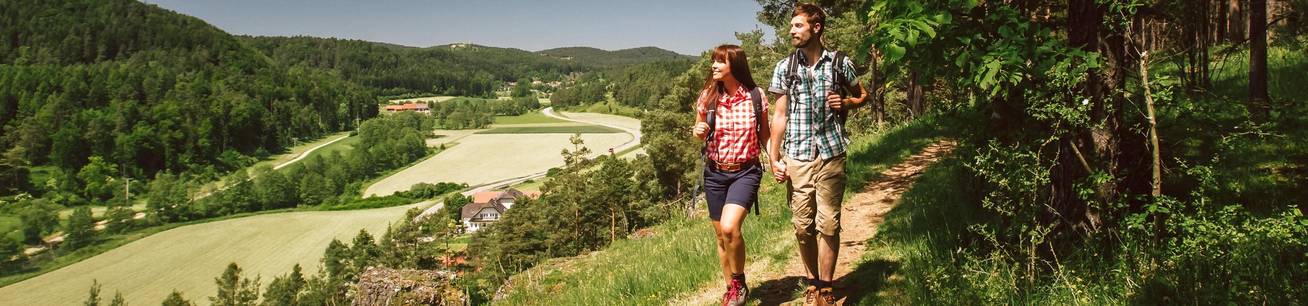 Der Landkreis Amberg-Sulzbach hat es in sich. Neben seiner wunderbaren Landschaft hat er noch so einige Überraschungen zu bieten.