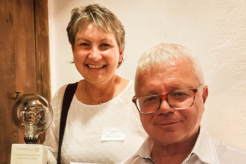 Preisverleihung opf.rocks Ideenwettbewerb 2020 - Resi und Barnab